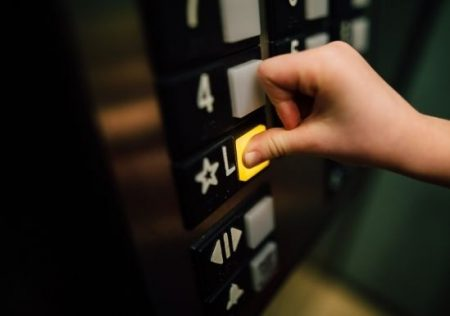 pagar derrama para instalación de ascensor