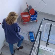 Relación laboral de la limpiadora con la Comunidad de propietarios