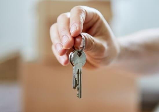 Recogida de las llaves por el arrendador no implica aceptar la resolución
