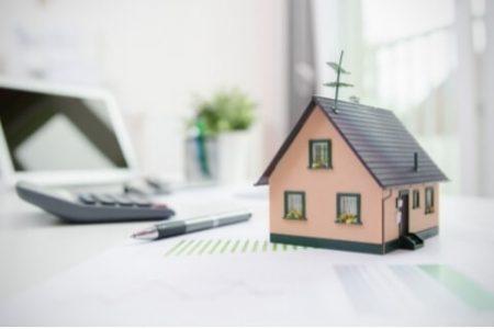 Desahucio por precario de la vivienda atribuida a la esposa