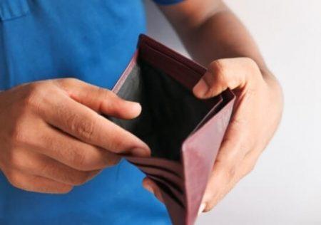 Inexistencia de precio en un contrato de compraventa determina su nulidad